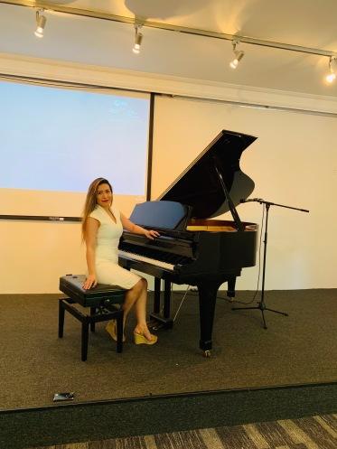 Tyna Dang_qualifed piano teacher